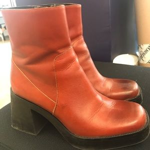 Zara 70s-style platform boots